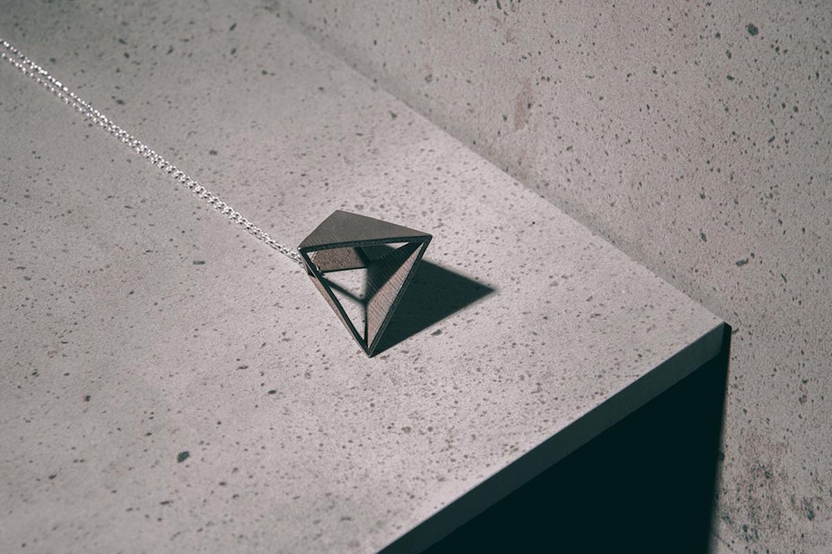 Svikis Fujimoto pendant