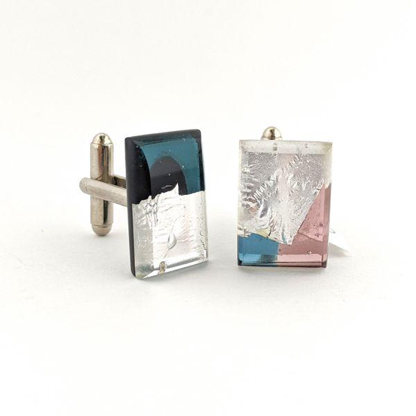 Lisa Cahill, Glass cufflinks.