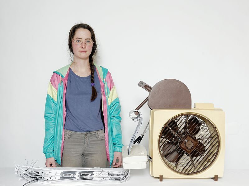 Susannah and her Fan