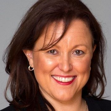Dr Saranne Cooke