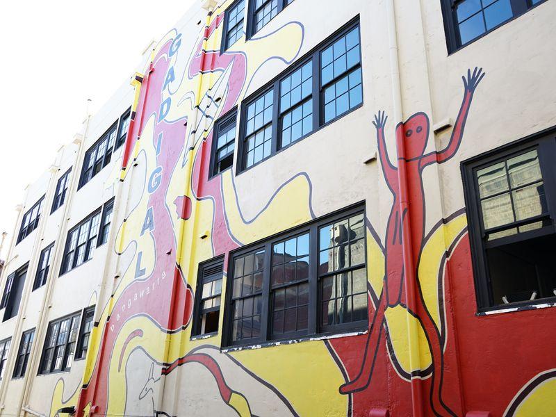 Gadigal Mural Barnett Lane view, Photo ADC