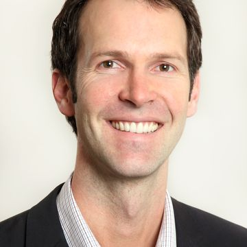 Dr Angus Turner