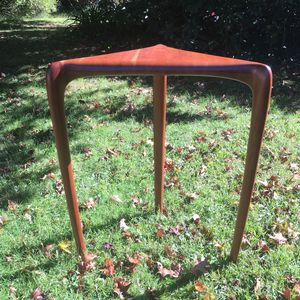 Image of a corner shape American Cherry timber table